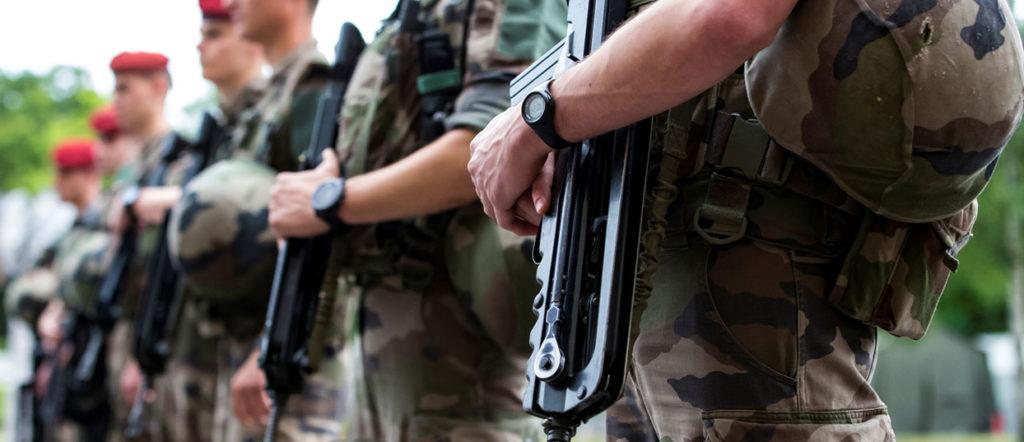 Le retour du service militaire en France ?