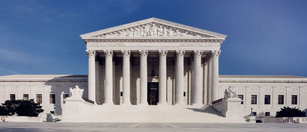 Un prétendant à la Cour Suprême accusé d'agressions sexuelles